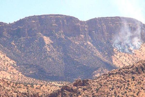 ارتفاعات سرکش گیلانغرب دچار آتش سوزی شد