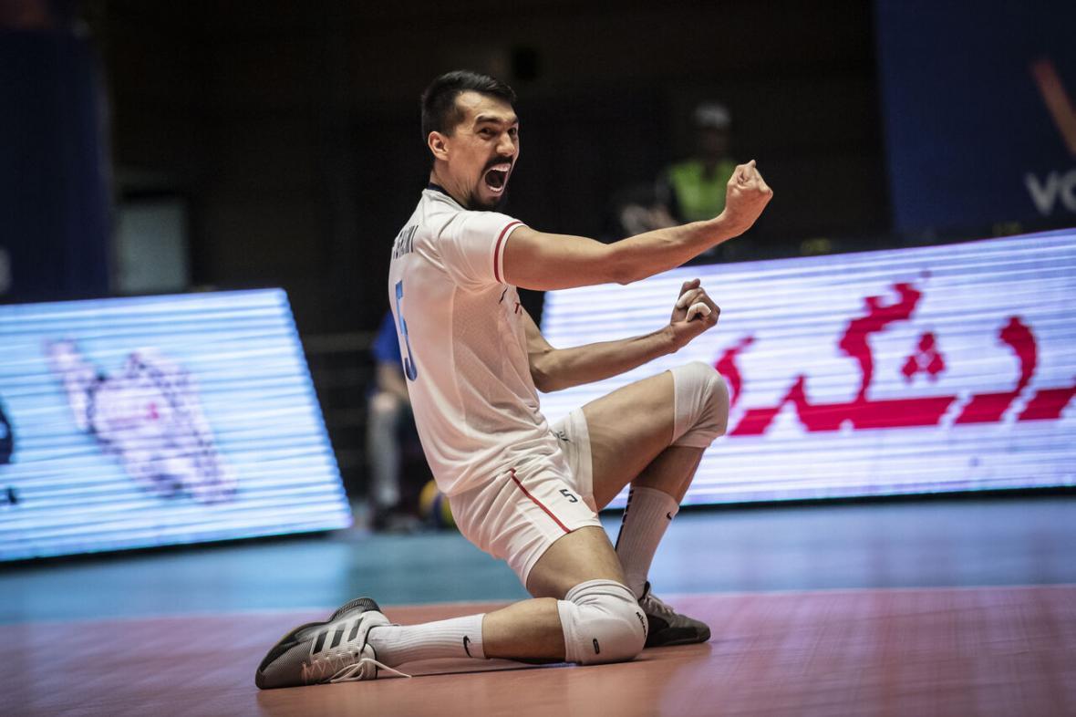 خبرنگاران پیروزی الریان با حضور قائمی در لیگ والیبال قطر