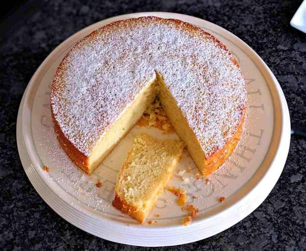 کیک بدون شیر اسفنجی، یک میان وعده کامل
