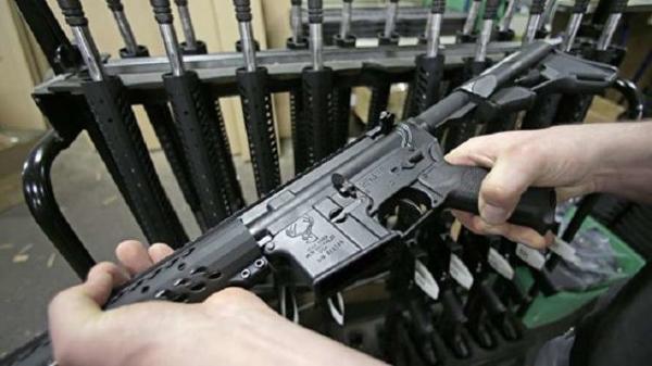 افزایش فروش سلاح های گرم در آمریکا در آستانه آغاز ریاست جمهوری بایدن