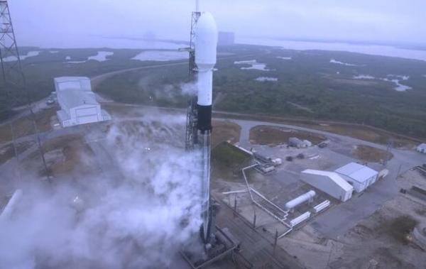 اسپیس ایکس 143 ماهواره به فضا می فرستد