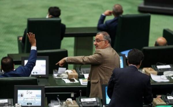 حمله تند زاکانی به محمد مهاجری