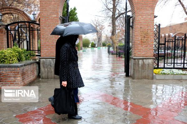 خبرنگاران رگبار باران و تگرگ آذربایجان شرقی را فرا می گیرد