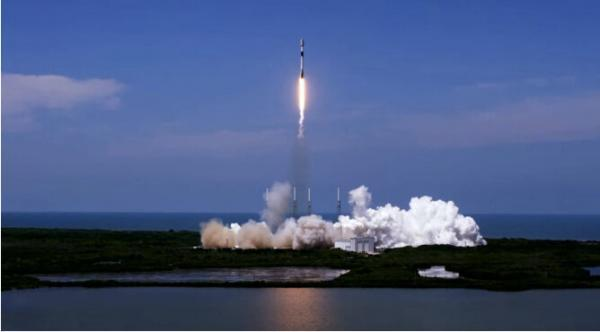 اسپیس ایکس 60 ماهواره اینترنتی به فضا فرستاد