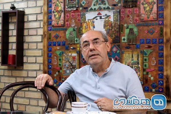 کمال تبریزی: حضورم در میدان سرخ محبت آمیز و موقت است