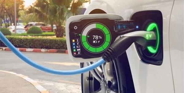 مهمترین چالش های استفاده از خودروهای برقی، باتری های فلزهوا چگونه چالش ها را حل می نمایند؟