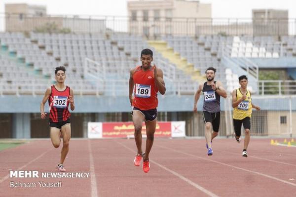 دونده جوان شیرازی قهرمان رقابت های دو و میدانی آسیای میانه شد